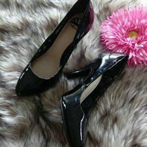 Fergalicious Black heels size 7.5